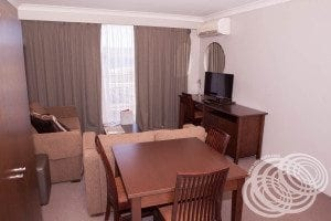 Rydges Horizons Deluxe Studio Dining and Living