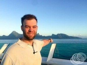 Matt pasando Moorea en el camino hacia Papeete