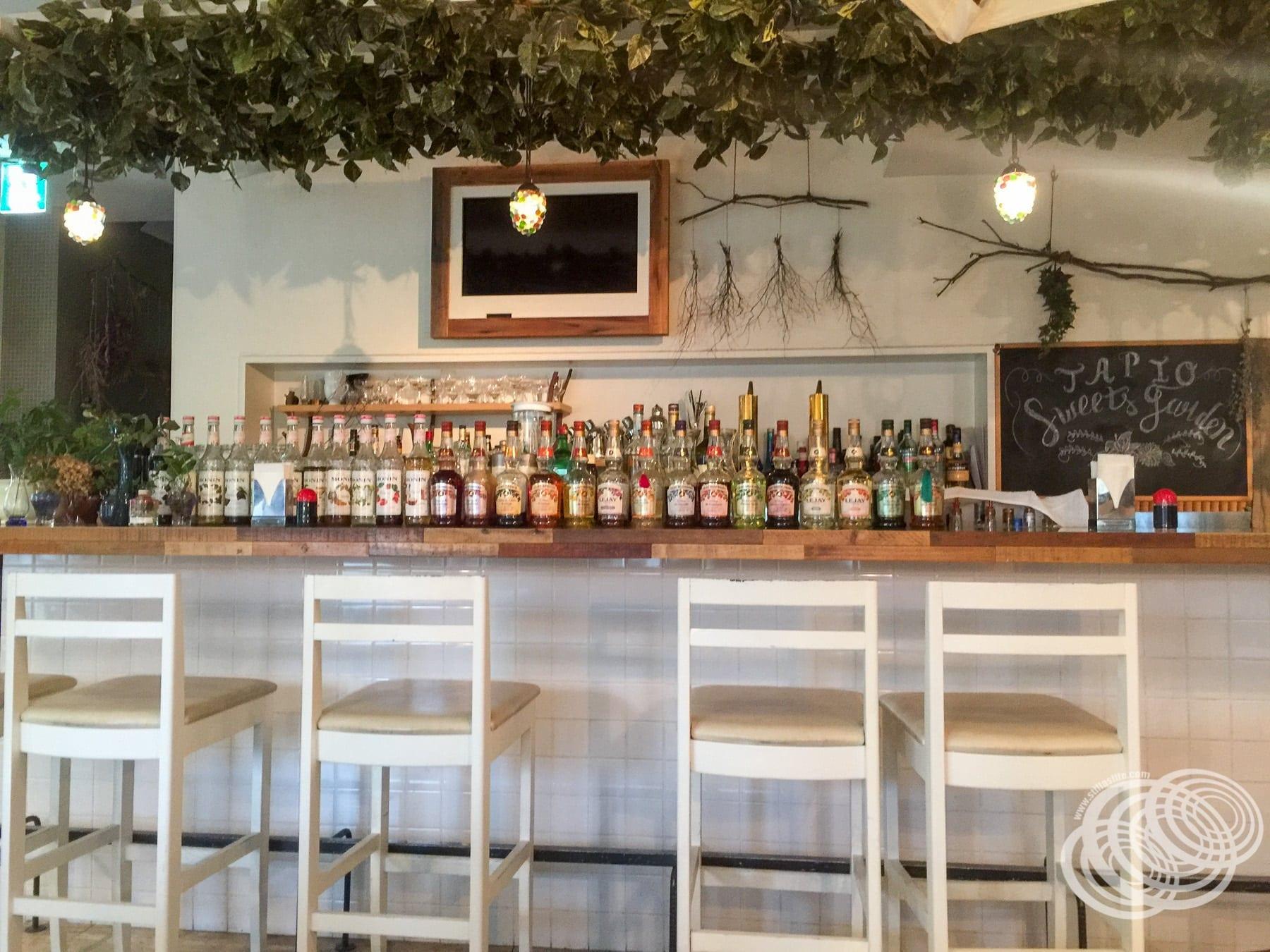 Tapio Sweets Garden Bar