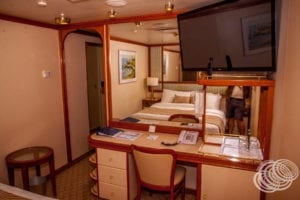 Can I plug my phone into the TV on Golden Princess and watch Netflix?
