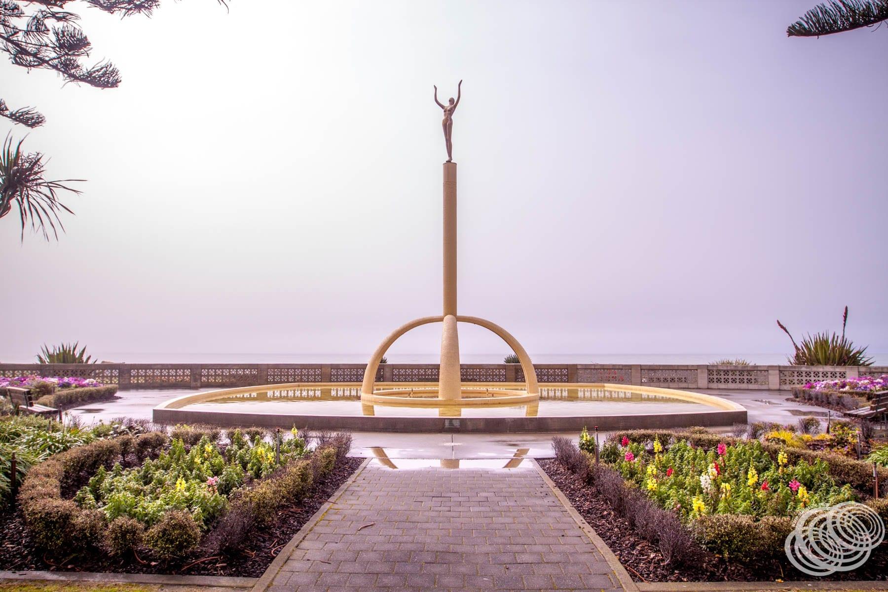 The Spirit of Napier Statue