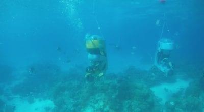 Scooter subacuático en bicicleta en Bora Bora